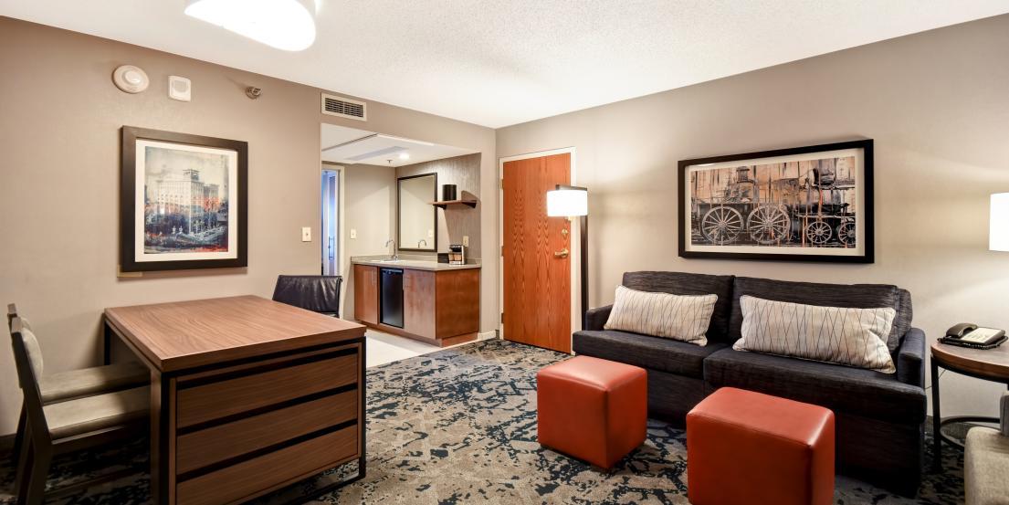 Embassy Suites Downtown Old Market Omaha Ne 68102