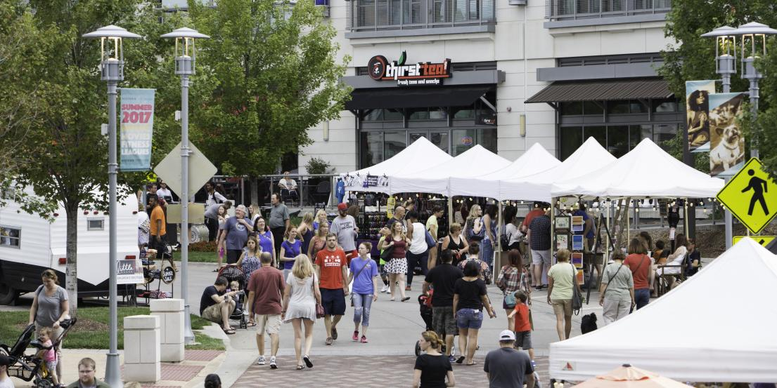 Midtown Crossing Events Omaha Events Things To Do In >> Night Market At Midtown Crossing Omaha Ne 68131