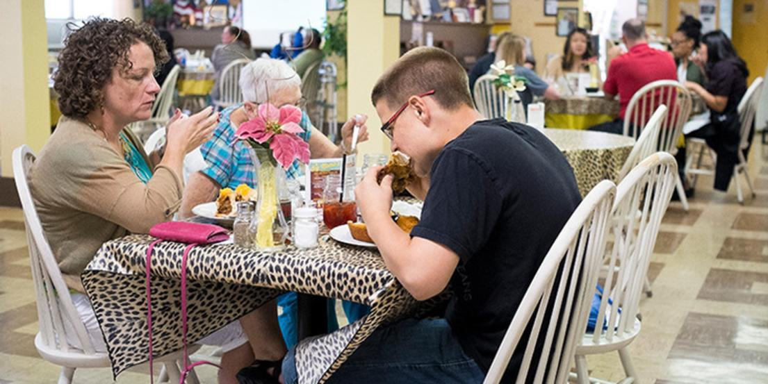 Big Mama S Kitchen And Catering Omaha Ne 68131