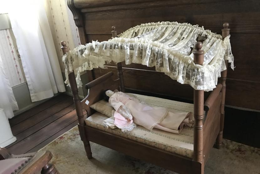 Antique Doll Bed