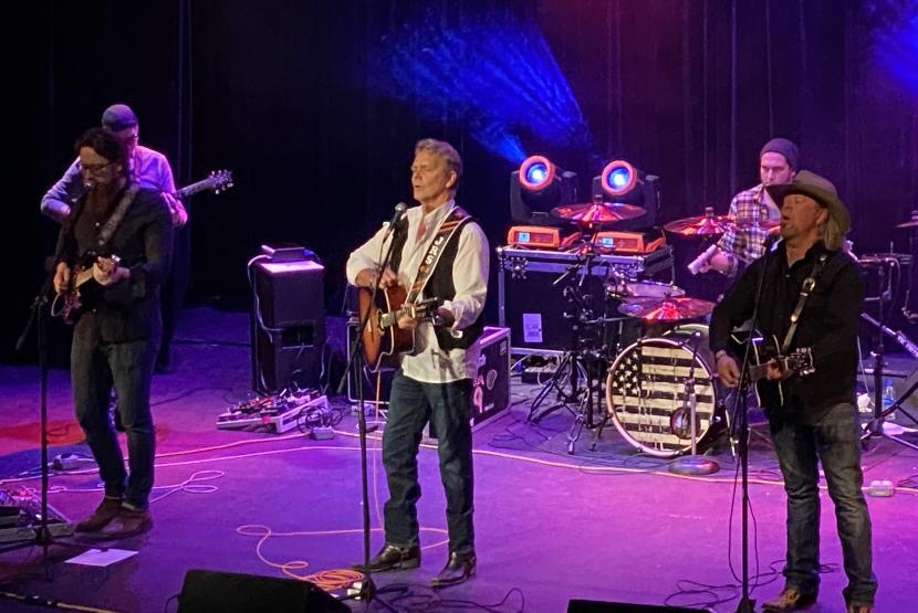 John Schneider in Concert