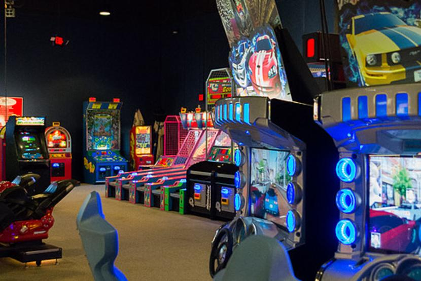 Bo's Family Entertainment Arcade
