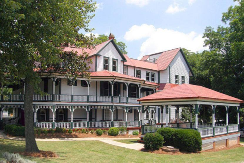 Hiddenite Arts and Heritage Center
