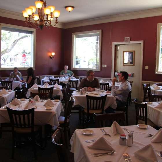 Pascal's Manale Restaurant