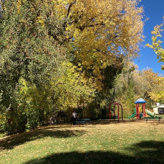 Brookside Park - Picnic Tables