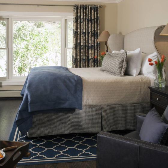 Guestrooms_-_Bear_Creek