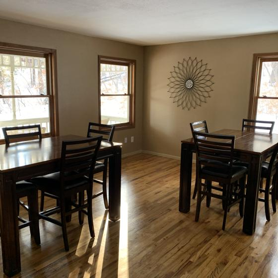 Blue Spruce Large Breakfast Room