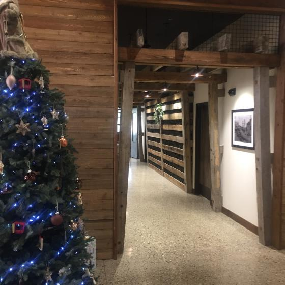 Valley Clubhouse Foyer Holiday