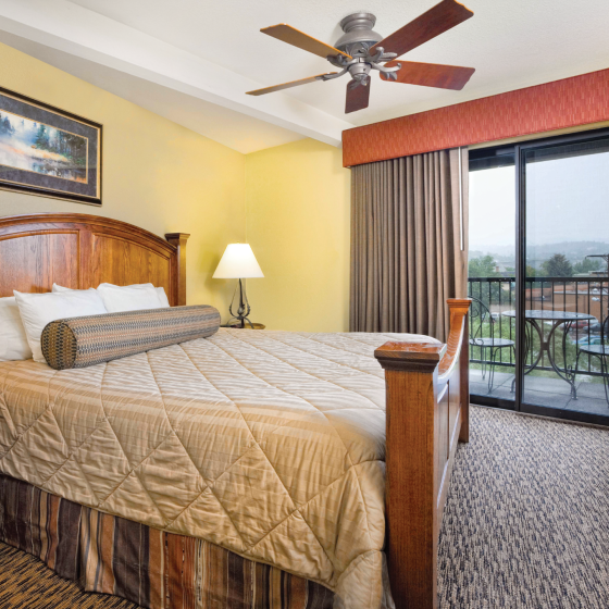 durango-co-wyndham-durango-one-bedroom-master-balcony-400x300.png