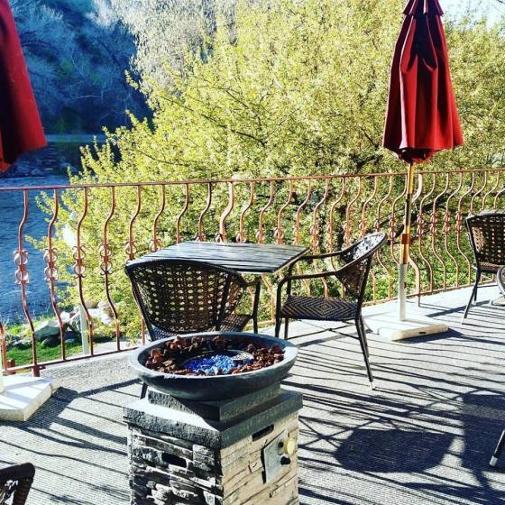 lounge_patio