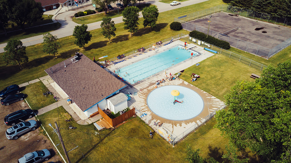 Pilot Mound Pool in the Municipality of Louise