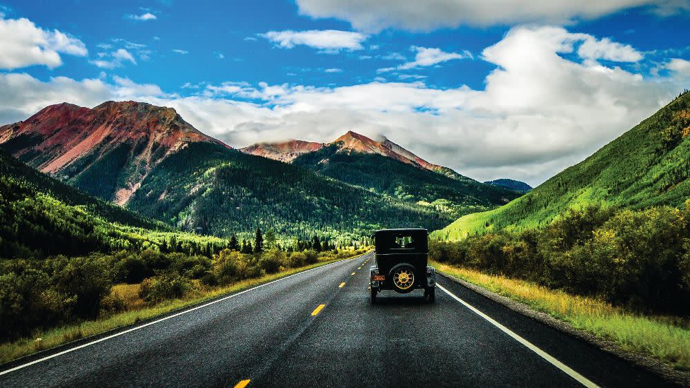 Vintage Car on San Juan Skyway - S. Alcorn