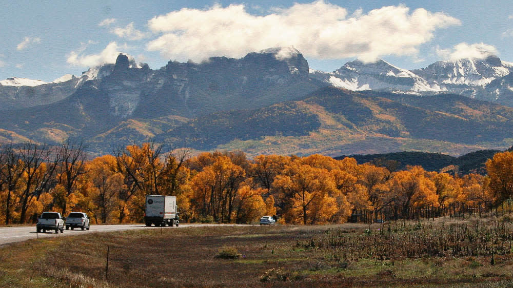 Fall colors on Highway 550