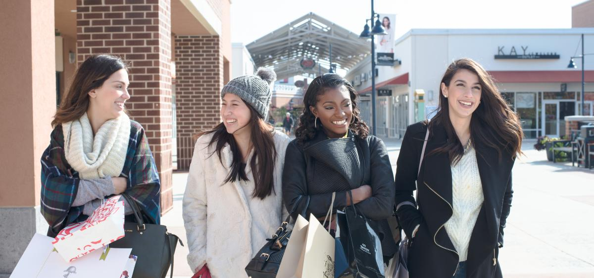 Holiday Shopping at Philadelphia Premium Outlets