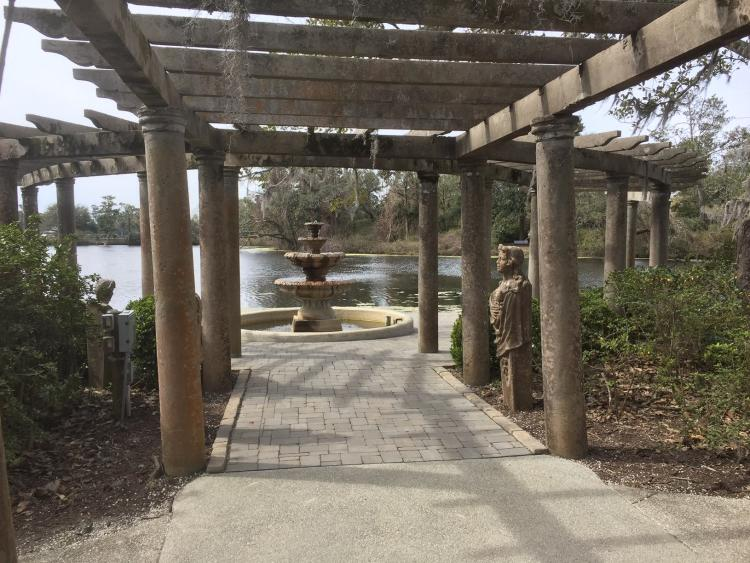 Pergola at Airlie Gardens with fountain in the background