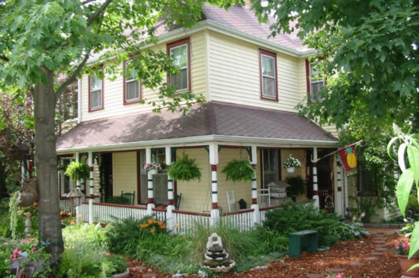 HS Clay House