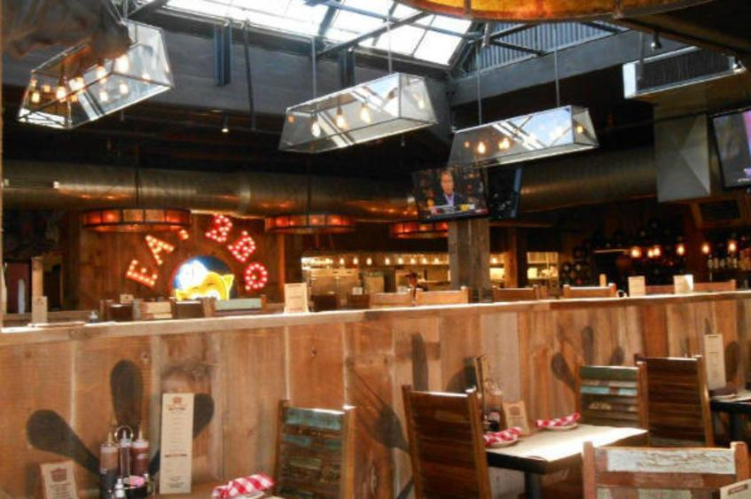 Hendricks BBQ Inside
