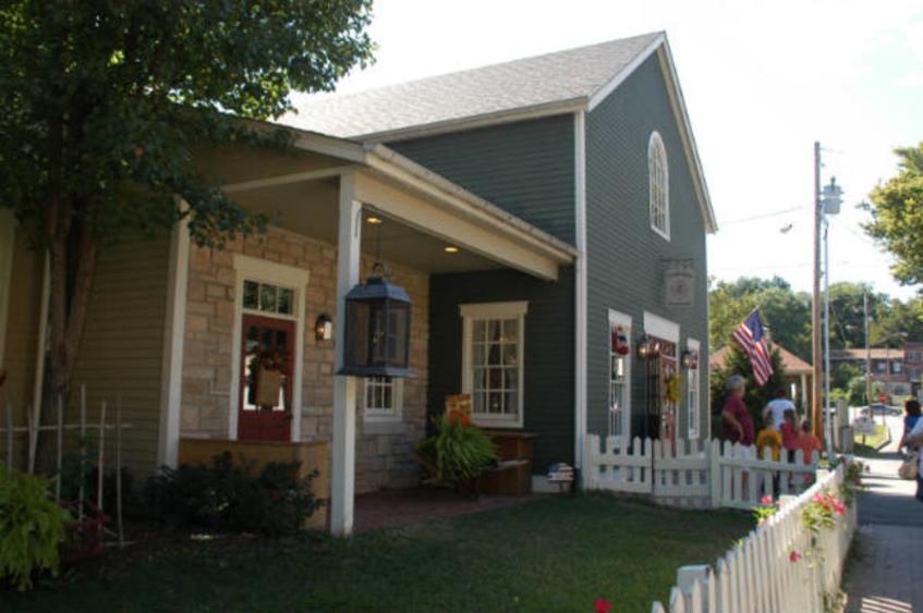 Cobblestone Cottage 2