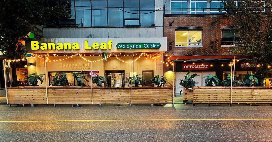 Banana Leaf Dine OutSide