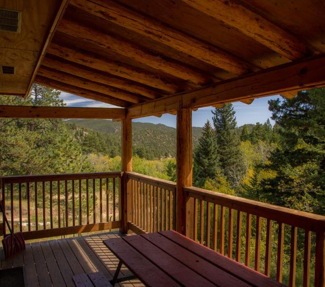 1 Cabin