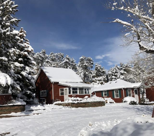CO Cottages in winter