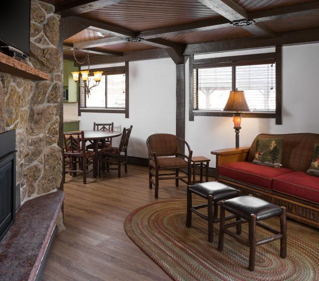 Lone Tree Cabin living room