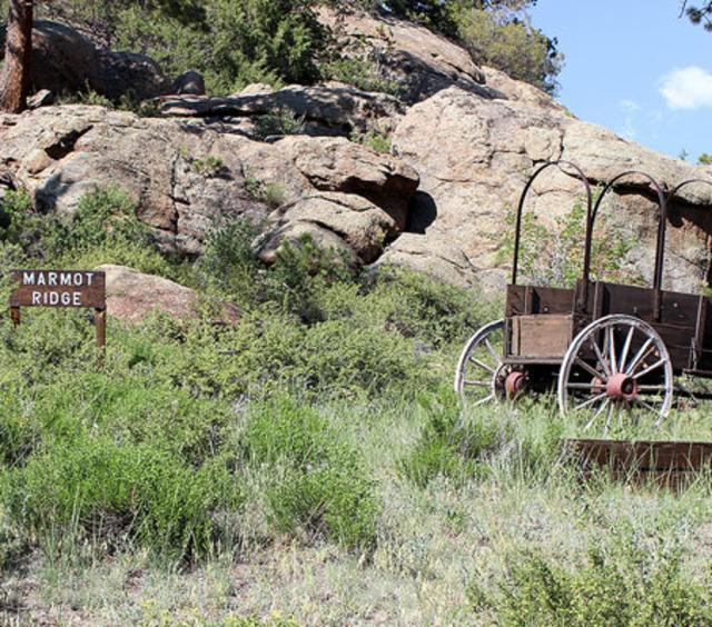 Marmot Ridge behind Sunnyside Knoll