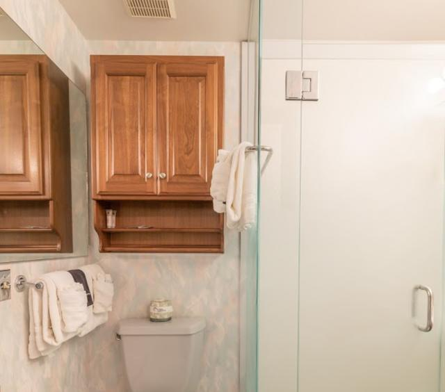 Vacation Rental Bathroom 2