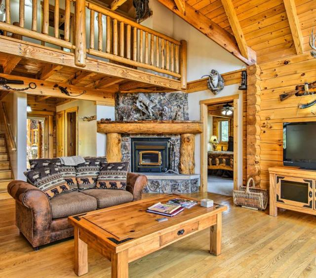 Magnificent Rocky Mtn Log Home