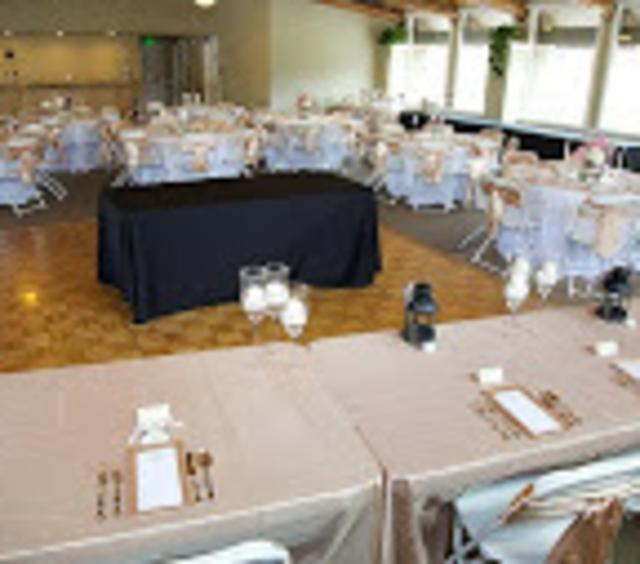 800 Moraine Wedding Setup 2