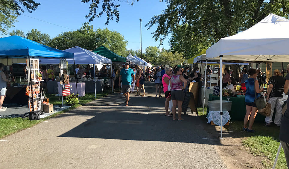 Cedar Lake Farmers Market vendors