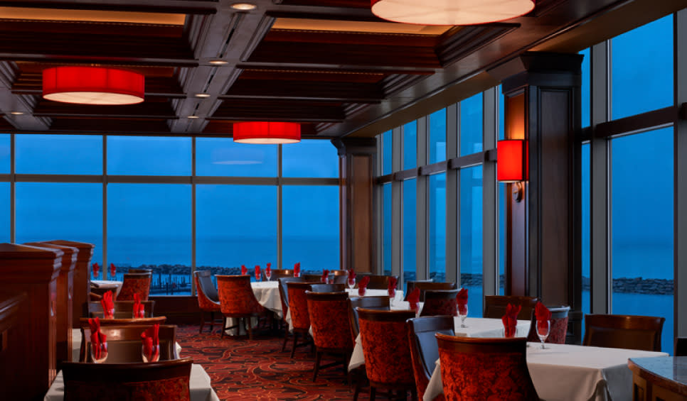 Jack Binion's Steakhouse dining room