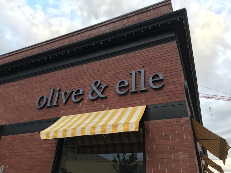 Olive & Elle