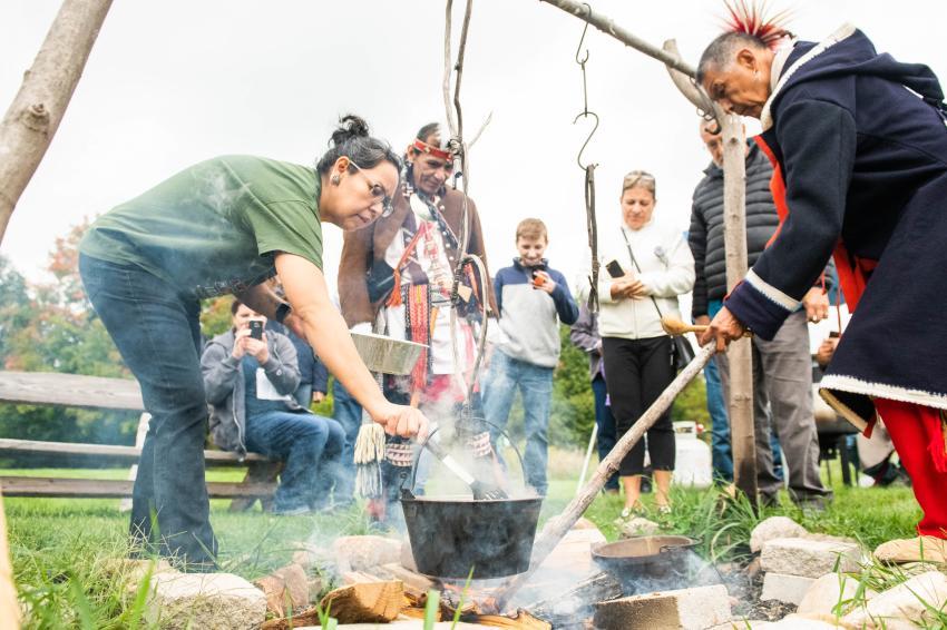 ganondagan-victor-living-history-fire-pit