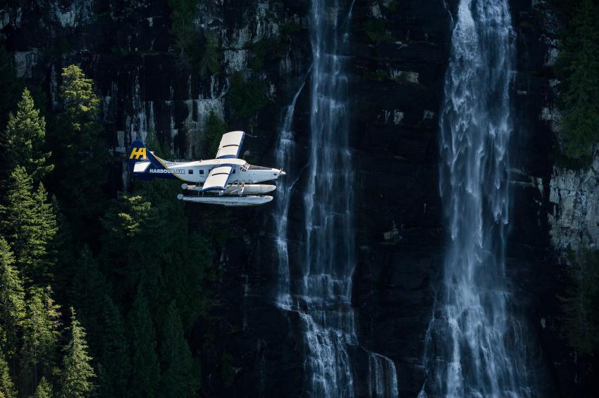float plane harbour air