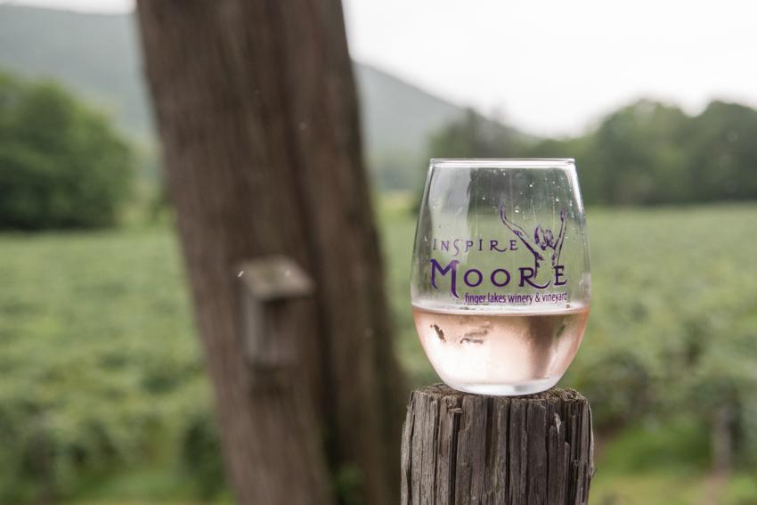 inspire-moore-naples-wine-tasting