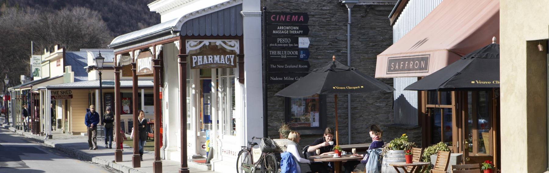Restaurants and shops in Arrowtown