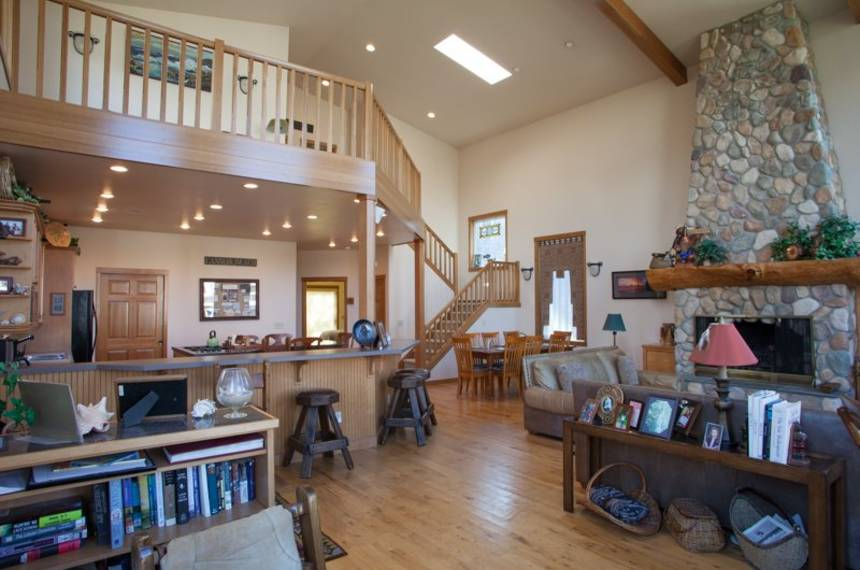 Embassy - Cannon Beach Vacation Rentals