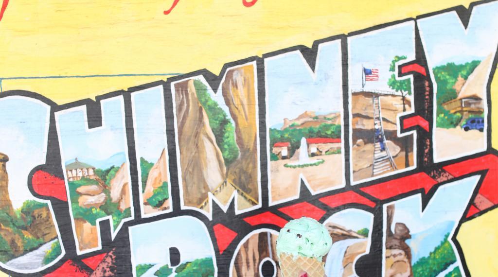 Chimney Rock mural
