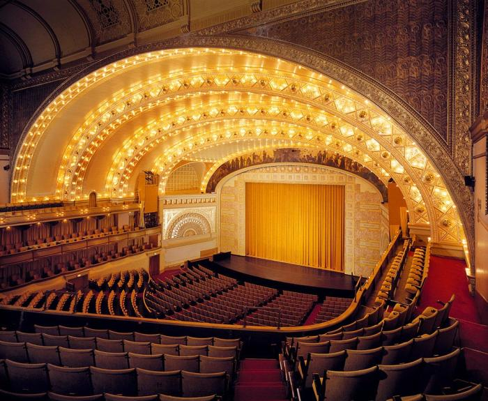 Auditorium Theatre of Roosevelt University ©Broadway in Chicago