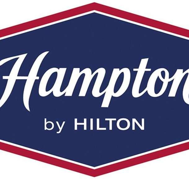 Hampton Inn & Suites South (135th)