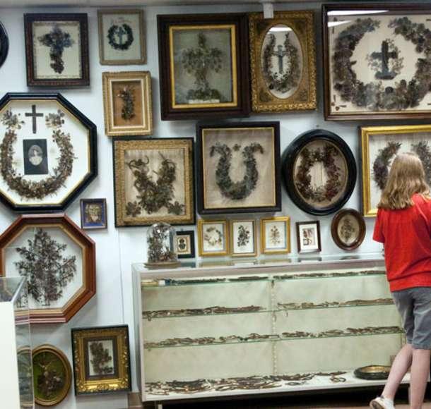 Leila's Hair Museum