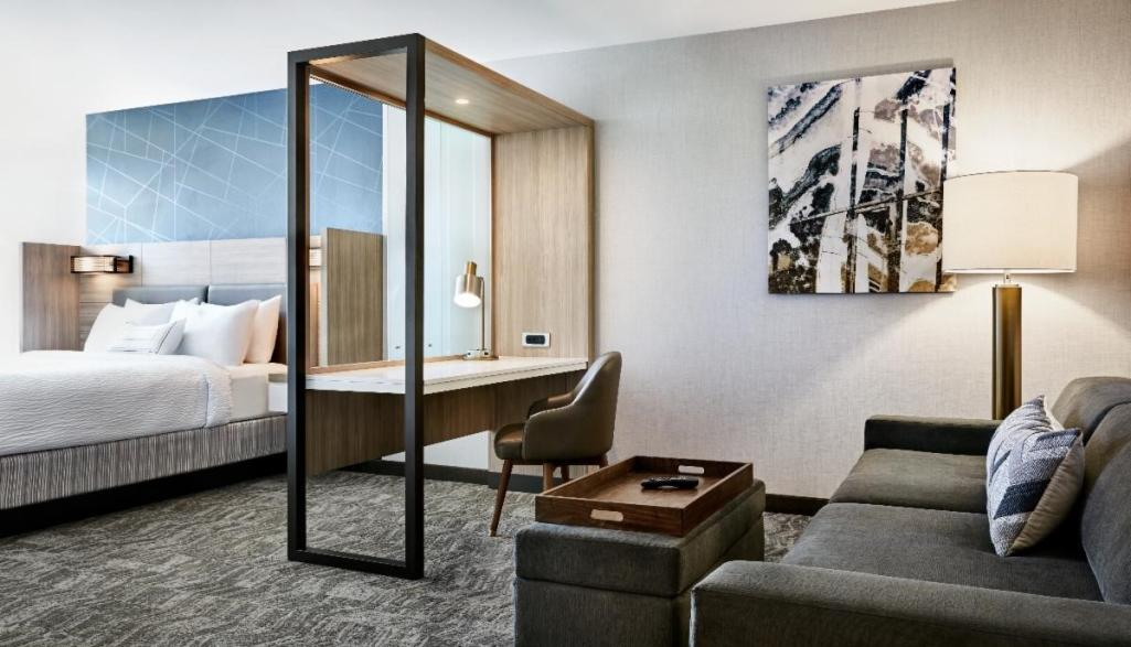 SpringHill Suites Room
