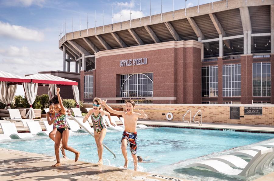 TAMU Hotel Pool