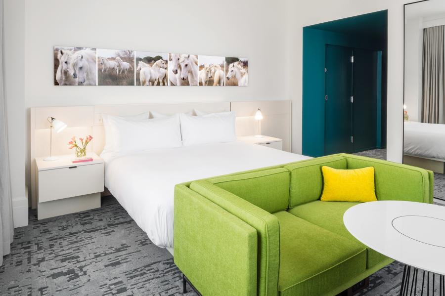 21c-model-room