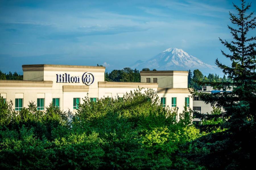Hilton Hotel in front of Mount Rainier