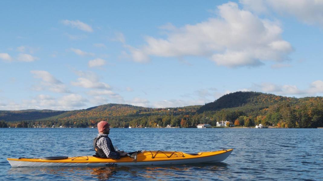Man kayaking in Saratoga lake