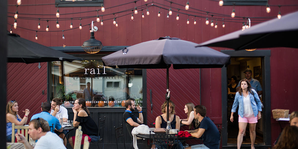 Rail Restaurant & Bar