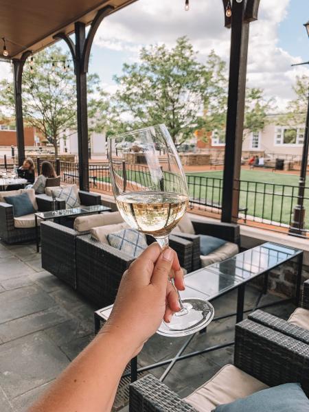 Mezzo Wine Glass