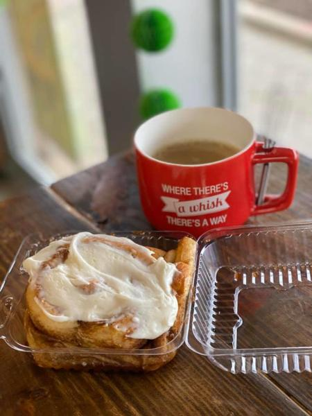 Two Chicks Whisky Business Cinnamon Roll